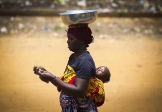 Afrika'da anne olmak böyle bir şey (9 fotoğraf)