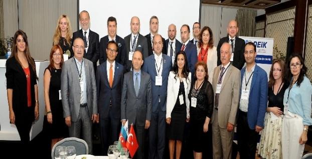 Türk ve Azerbaycanlı iş adamları İstanbul'da biraraya geldi