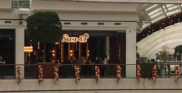 Nusr-Et'in İstinye Park'taki restoranına mühür