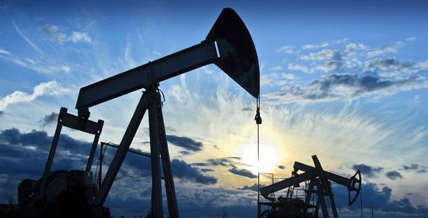Petrol fiyatlarında son iki yılın en büyük aylık düşüşü