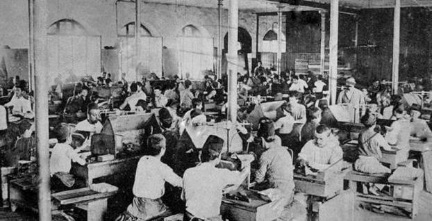 Sanayi devriminin görünmeyen yüzü: Fabrika sistemi ve makine kırıcılar