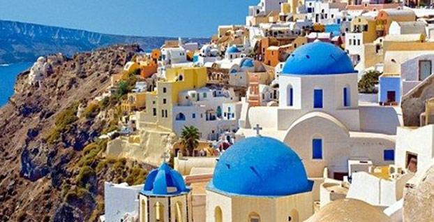 Yunanistan'da turizm gelirlerinde artış