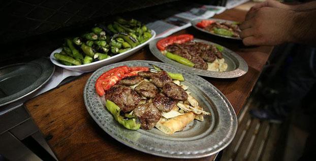 Üç bin restoranttan enflasyona karşı indirim kampanyası