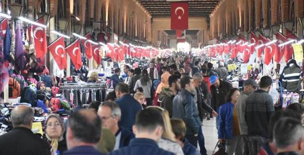 Turistlerin Edirne'ye 'Beyaz geceler' akını