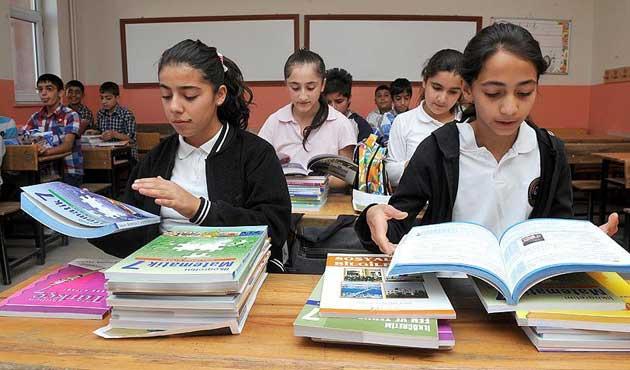 Eğitim harcamaları 135 milyar lirayı aştı