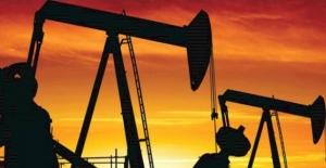 Petrol 3 yılın en uzun haftalık düşüşün arefesinde