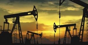 Petrol fiyatları haftanın ilk iş gününde yatay