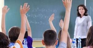 Sözleşmeli öğretmenlikte yeni dönem... Pedagojik formasyon şartı kaldırılıyor