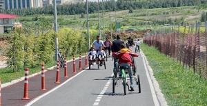 Bisiklet ve yürüyüş yolu yapmak zorunlu olacak