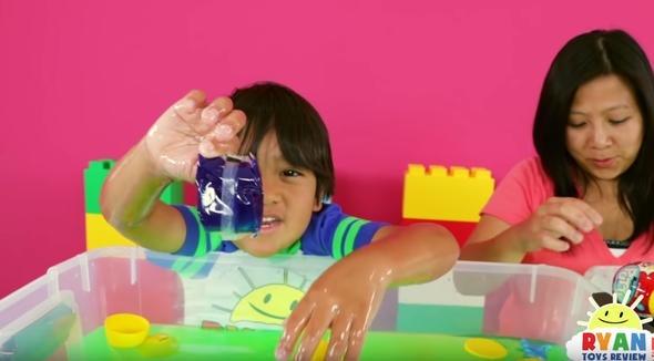 YouTube'un en fazla kazananı: 8 yaşındaki Ryan