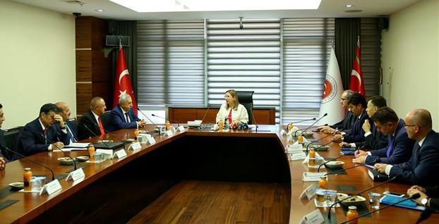 Ticaret Bakanı Pekcan, TESK heyetini kabul etti