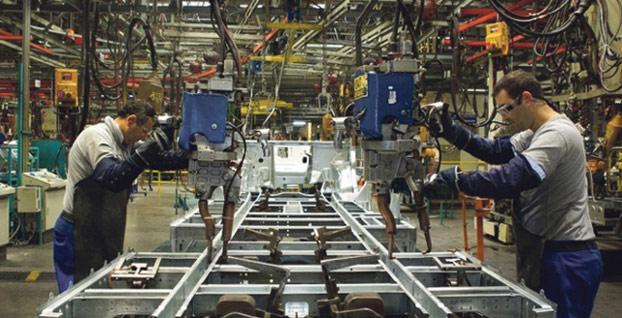 Almanya'da fabrika siparişleri beklenenden fazla düştü