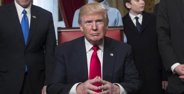 Trump'tan 854 milyar dolarlık bütçeye onay