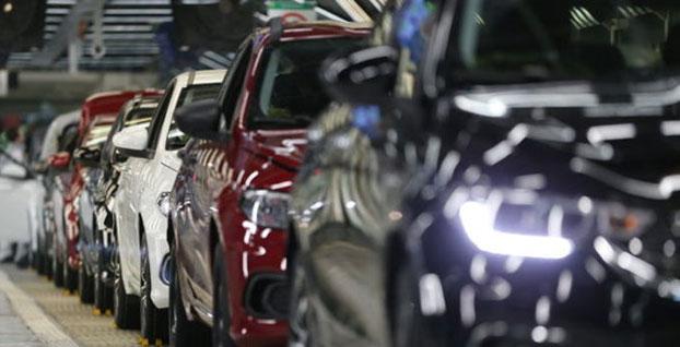 Otomobilde satış düştü ama ihracat arttı