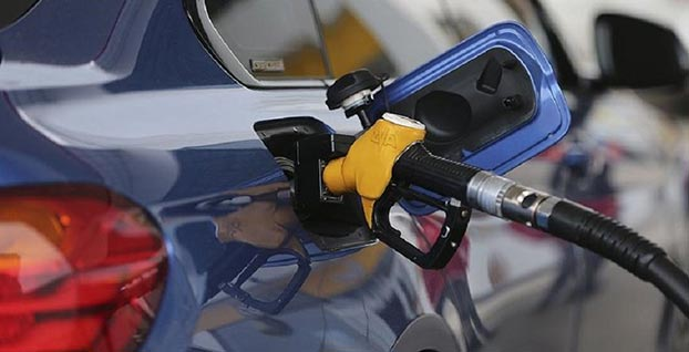 Benzin fiyatlarına zam geliyor