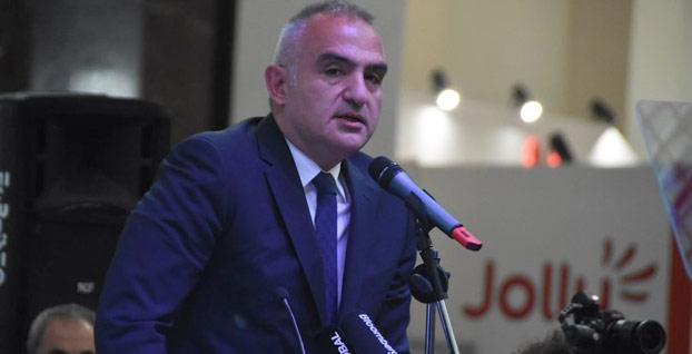 Turizm Bakanı Ersoy otelleri uyardı
