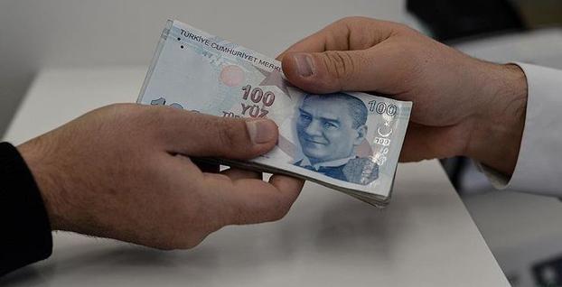 Enflasyonla mücadele kapsamında çalışanlara bir maaş ikramiye