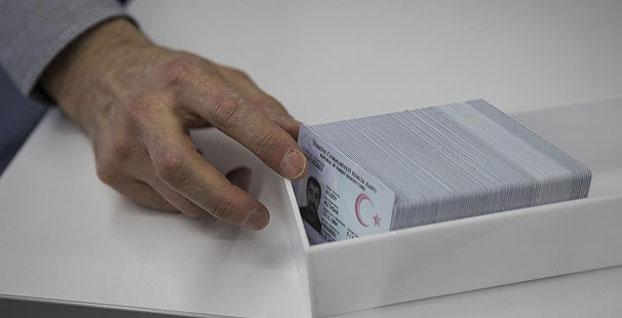 Kimlik kartı ve sürücü belgesi için randevu süresi kısalıyor