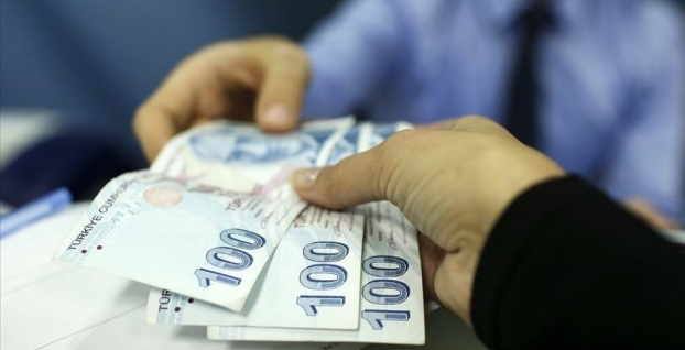700 binden fazla kamu işçisi hükümetin yeni zam teklifine odaklandı