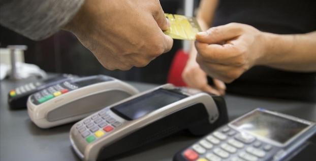 Türkiye'de kartlı harcamalar 4 aylık dönemde arttı