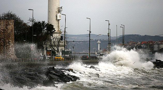 Marmara Denizi'nde kuvvetli rüzgar