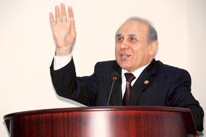 AK Parti'li Kuzu'dan BDP'lilere hodri meydan: Çekilin