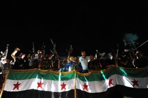 ÖSO, Suriye'deki İranlılara 24 saat süre verdi