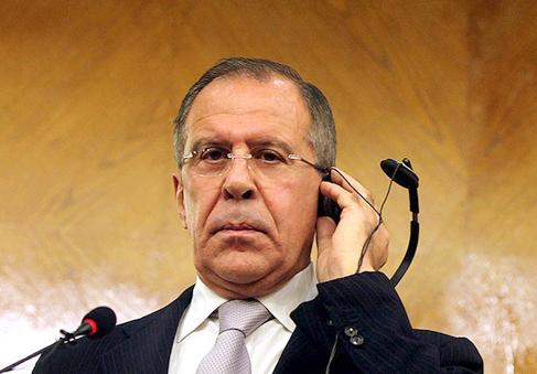 Lavrov: Esad'ın bırakması krizin çözümü olamaz