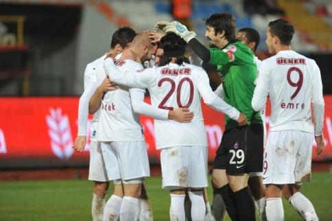 Antalya'da gergin maç Trabzonspor'un