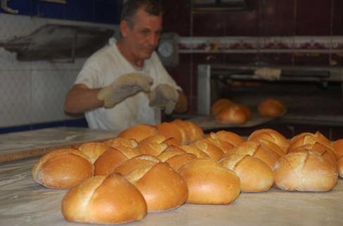 Ekmek israfıyla yılda 120 okul yapılabilir
