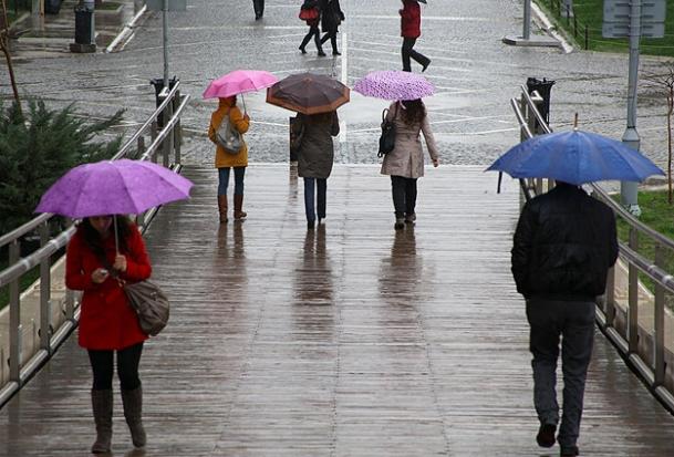 Balkanlardan soğuk ve yağışlı hava geliyor