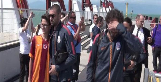 Galatasaray'ı Mudanya'da taraftarları karşıladı