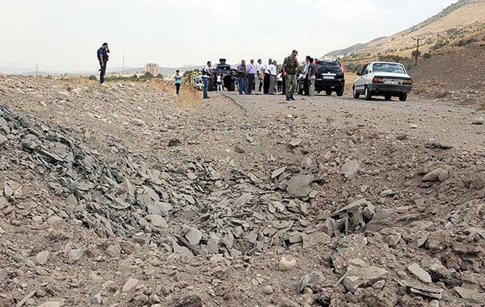 Nusaybin'de PKK mayını patladı: 5 polis yaralı