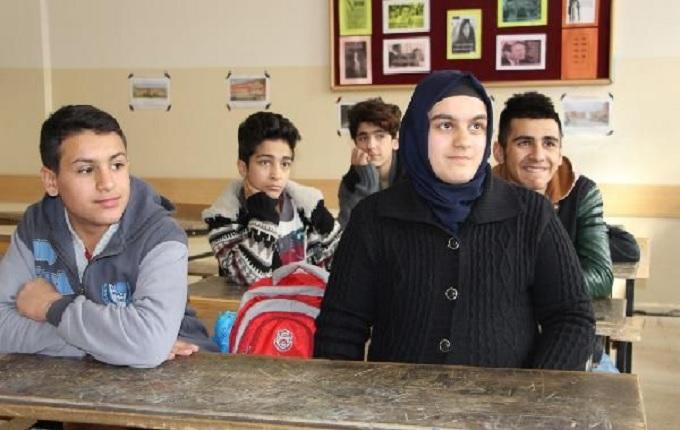 PKK'nın yaktığı okuldan Türkiye birincisi çıktı