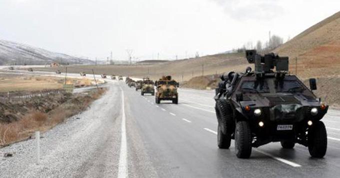 Özel birlikler 'Ölürüm Türkiyem' türküsüyle operasyon bölgesine uğurlandı