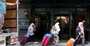 Şişli'de, oteli içinde müşteri varken tahliye ettiler