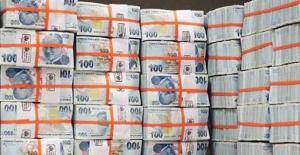 Hazine, tahvil ihalesinde 3,3 milyar lira borçlandı
