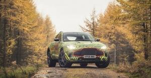 Aston Martin'in ilk SUV'u yüzünü gösterdi