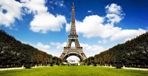 Eyfel Kulesi'nin parçasına 169 bin Euro