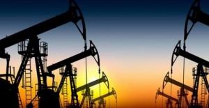 Petrolde arz endişeleriyle son bir yılın en büyük kaybı