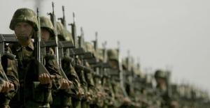 Askerlikle ilgili sıcak gelişme!  Askerlik süresi kısalıyor mu?