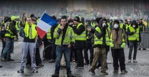 Fransa'dan geri adım