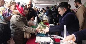 İstanbul'da üreticiden tüketiciye doğrudan sebze satışı başladı