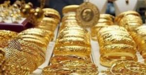 Altın fiyatları son işlem gününde geriledi