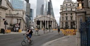 İngiliz hükümeti maaş ödemelerindeki desteğini azaltıyor