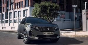 Peugeot SUV 3008, 800 bin adetlik üretim başarısını yakaladı