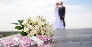 Gençlerin evlenmeleri için faizsiz borç veren vakıf kuruldu