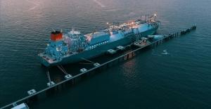 Asya#039;da artan enerji talebi LNG...