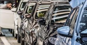 OİB: 100'den fazla ülkeye binek otomobil ihraç edildi