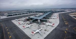 8 ayda 888 binden fazla uçak havalandı